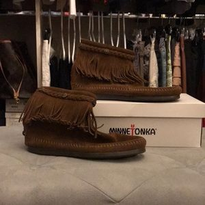 MINNETONKA Dusty Brown Ankle Boot